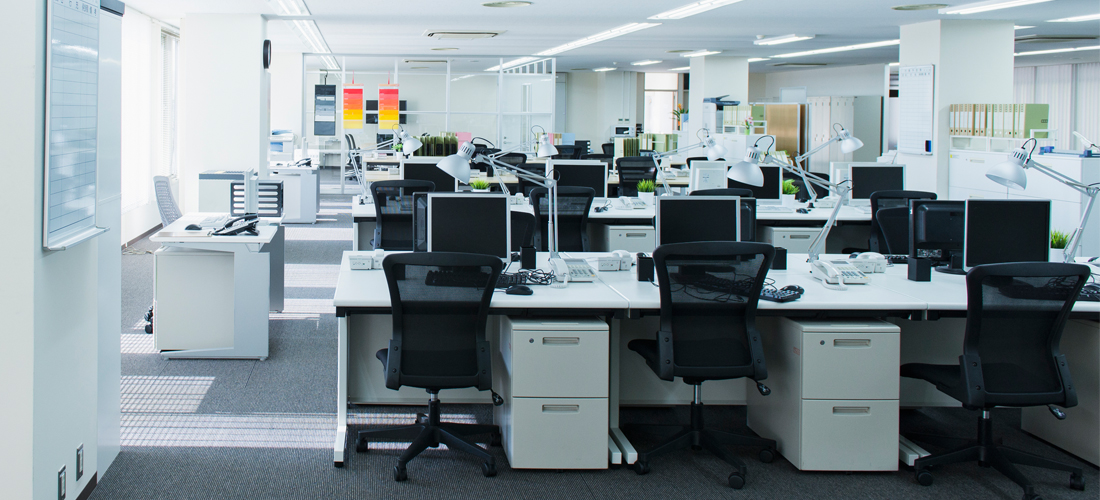 オフィス環境 - シナプス株式会社